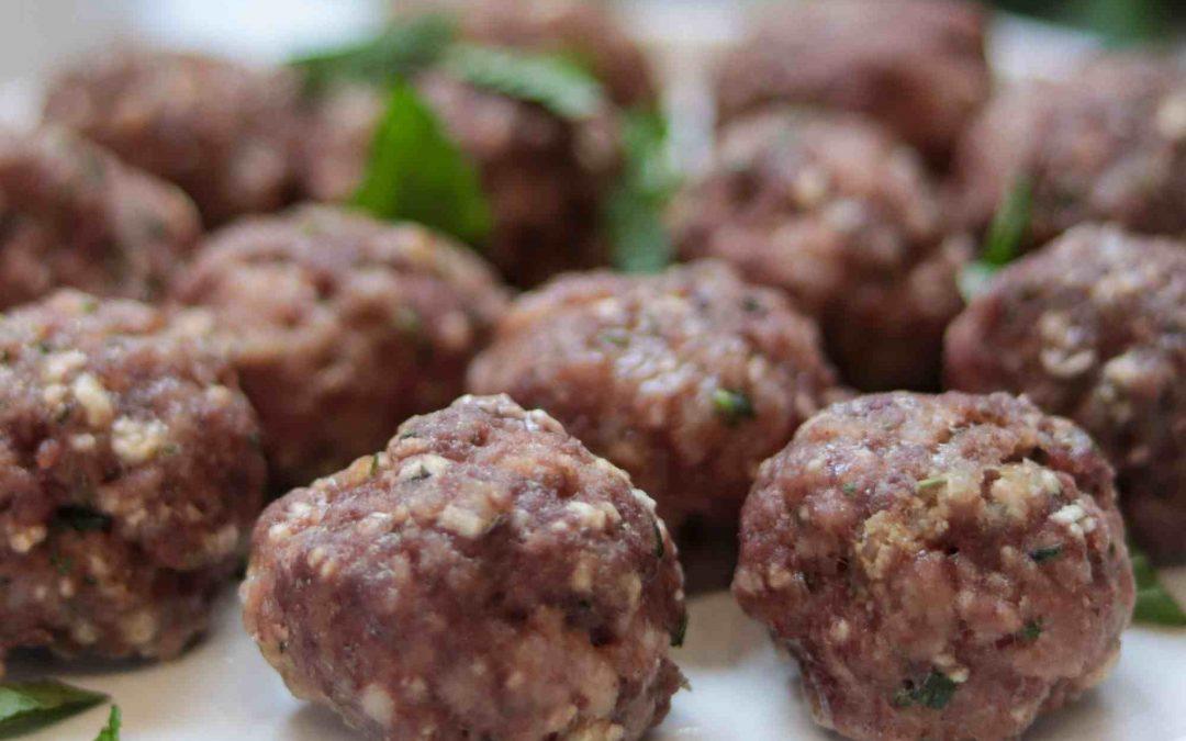 Oven baked greek meatballs (paleo option)