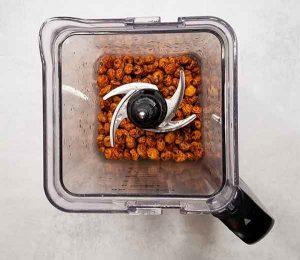 Soaked tiger nuts in blender